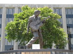 Photo of Statue of Elvis