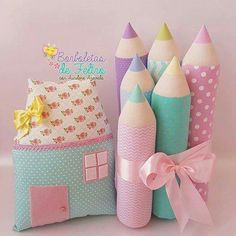 Quarto de Helena Cute Pillows, Baby Pillows, Kids Pillows, Baby Sewing Projects, Sewing Projects For Beginners, Sewing For Kids, Sewing Toys, Sewing Crafts, Baby Crafts