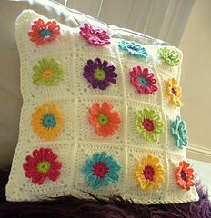 Ravelry: Daisy Chain Pillow pattern by P.S. I crochet