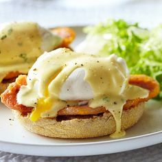 Easy eggs benedict recipe - Chatelaine.com