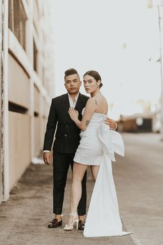 We love these edgy Vegas nuptials | Image by Jamie Y Photography Wedding Blog, Wedding Styles, Destination Wedding, Married In Vegas, Little White Chapel, Tunnel Of Love, Pink Cadillac, Lifelong Friends, Chapel Wedding