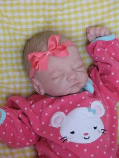 OPEN MOUTH reborn baby girl, Holds a full pacifier, Faux formula bottle, ready to ship! Reborn Baby Girl, Reborn Babies, Large Blankets, Welcome Baby, Hadley, New Parents, Cuddling, Hand Knitting, Hold On