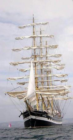 Bateau Yacht, Old Sailing Ships, Wooden Ship, Yacht Boat, Tug Boats, Sail Away, Navy Ships, Submarines, Ship Art