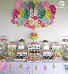 Dimequesi 's Birthday / Flamingos - Flamingo tropical birthday at Catch My Party Aloha Party, Party Fiesta, Luau Party, Birthday Party Desserts, Birthday Decorations, Birthday Parties, Pink Flamingo Party, Flamingo Birthday, Hawaian Party