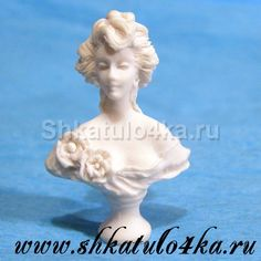 Кукольная миниатюра Бюст Дама-3 (белый)