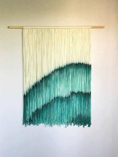 Hey, I found this really awesome Etsy listing at https://www.etsy.com/uk/listing/508778410/emerald-agate-dip-dyed-tapestry-fiber