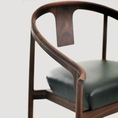 Maxmarko 木美 Chinese Furniture, Unique Furniture, Dining Furniture, Furniture Design, Dining Chairs, Single Chair, Round Chair, Cool Chairs, Furniture Inspiration