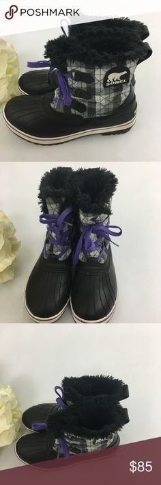 🆕SOREL Waterproof Tivoli Duck Boots size 9.5 SOREL Waterproof Tivoli Duck Boots Houndstooth size 9.5. These boots stand out with their purple laces. Very good used condition. Sorel Shoes Lace Up Boots