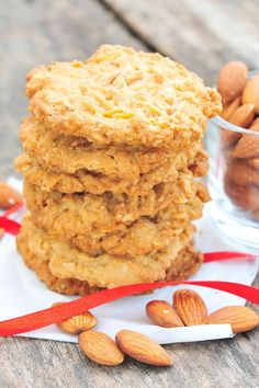Low Carb Mandel Kekse - Zuckerfreie und kohlenhydratarme Plätzchen