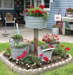 Garden junk - A Gathering of Mop Buckets in a Small Junk Garden Garden Junk, Garden Yard Ideas, Diy Garden Decor, Garden Crafts, Lawn And Garden, Garden Projects, Garden Art, Garden Design, Fall Yard Decor