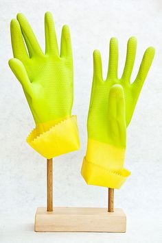 rubber gloves to protect the hands