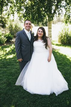 bride and brother, plus size bride, wedding, sibilings