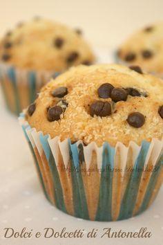 Muffin al cocco e cioccolato, Ricetta dolce | Dolci e Dolcetti di Antonella