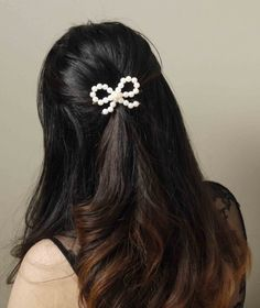 DIY Delicate Pearl Bow Hair Accessories