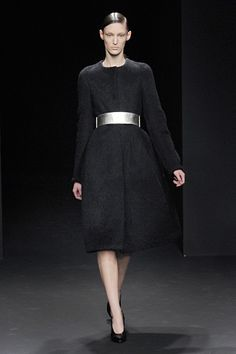 I need that belt in my life.  #CalvinKlein #FranciscoCosta #NYFW
