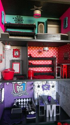Custom Monster High house #1