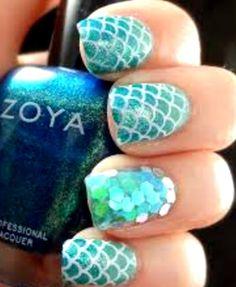 Glittering Mermaid Nails