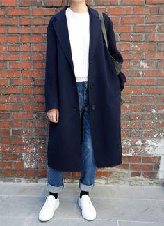 //OUTFIT// white top x oversized navy black coat x baggy denim jeans x white sne. - //OUTFIT// white top x oversized navy black coat x baggy denim jeans x white sneakers - Look Fashion, Korean Fashion, Winter Fashion, Fashion Mode, India Fashion, Street Fashion, Trendy Fashion, Women's Fashion, Fashion Trends