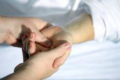 Os cuidados paliativos têm de ser uma realidade. No advento de novas terapias, novos meios de diagnóstico, quando os esforços se unem para evitar a morte, invistamos igualmente na vida. Trabalhemos para que haja vida, digna, até à morte