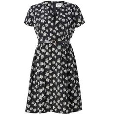 Elspeth Floral Tea Dress | Vintage-inspired Black Dress (€40) ❤ liked on Polyvore featuring dresses, floral, tea-length dresses, vintage style tea dresses, flower printed dress, floral dresses and floral day dress