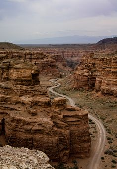 The Valley of Castles, Charyn Canyon, Kazakhstan (by Green @pples).