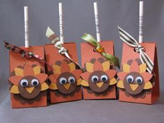 Thanksgiving - Flock of Turkey Pops! kh by Kelly H - Cards and Paper Crafts at Splitcoaststampers Candy Crafts, Fun Crafts, Crafts For Kids, Paper Crafts, Thanksgiving Favors, Thanksgiving Parties, Happy Thanksgiving, Halloween Cards, Fall Halloween