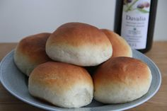 Boller med olivenolje Hamburger, Bread, Health, How To Make, Food, Recipes, Health Care, Brot, Essen