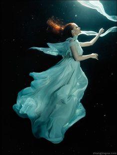 Jingna Zhang Fashion, Fine Art & Beauty Photography – Motherland Chronicles - Fantasy fine art portraits and underwater photography Water Photography, Art Photography, Photo, Underwater, Underwater Photography, Blog Photography, Pictures, Model Photography, Underwater Model