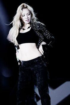 """SNSD """"Dancing Queen"""" Hyoyeon♥"""