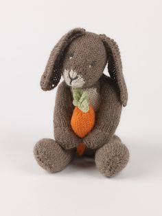 How to make rabbit plushie. Bunny With Carrot - Step 8