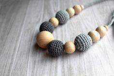 Best Selling grau häkeln Krankenpflege Halskette von designML