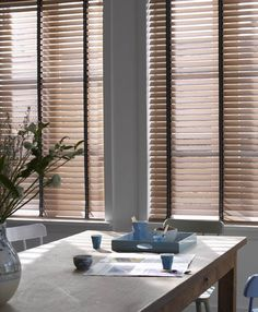Country Woods ® Collection Art Wood by Hunter Douglas House Blinds, Blinds For Windows, Curtains With Blinds, Roman Blinds, Style At Home, Natural Blinds, Blinds Inspiration, Store Venitien, Types Of Window Treatments