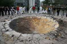 Google Image Result for http://designyoutrust.com/wp-content/uploads/2012/09/Paris-Crater-art-by-Julian-Beever.jpg