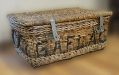 SWOON!!!!!!! European shipping basket..these make my heart go pitter patter!