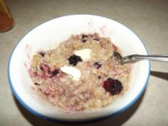Old Fashioned Oatmeal with Berries & Granola – A Savvy Gal