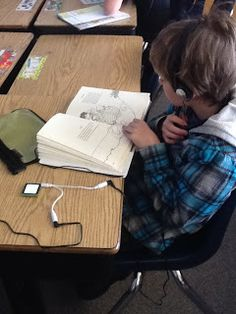 Grade Thoughts: Daily 5 Series: Listen to Reading Listening Center Reading Stations, Literacy Stations, Reading Centers, Daily 5 Reading, Teaching Reading, Guided Reading, Free Reading, Teaching Ideas, Reading Fluency