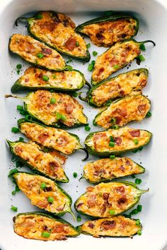 Jalapeño Poppers Recipe with Bacon is a spicy hot, creamy cheese with crumbled pieces of bacon stuffed in a jalapeño and baked to perfection! The perfect holiday appetizer! Appetizers are just what you need to start. Jalapeno Poppers Baked, Jalapeno Popper Recipes, Bacon Recipes, Mexican Food Recipes, Cooking Recipes, Healthy Recipes, Roasted Jalapeno, Milk Recipes, Cooking Tips