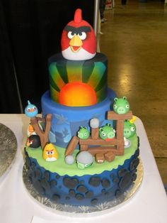 Angry Birds---my son is already requesting this theme for his 5th b'day. Looks like I'm going to be busy planning the perfect cake.