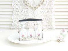 Vintage Salz- und Pfefferstreuer - •♡•  Shabby chic, Alte Menage, Menagerie  •♡• - ein Designerstück von kuki-kuki bei DaWanda