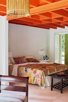 Une chambre orange pour se lever plein d'énergie
