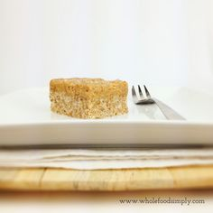 Simple and delicious Salted Caramel Slice. Free from gluten, grains, dairy, egg and refined sugar. Sugar Free Recipes, Clean Recipes, Whole Food Recipes, Dessert Recipes, Cooking Recipes, Salted Caramel Slice, Vegan Caramel, Goody Recipe, Gluten Free Baking