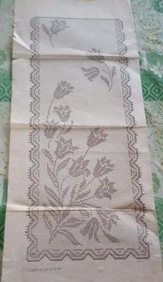 Cross Stitch Rose, Cross Stitch Embroidery, Filet Crochet, Crochet Doilies, Knitting, Handmade, Crochet Curtains, Crochet Lace, Tulips