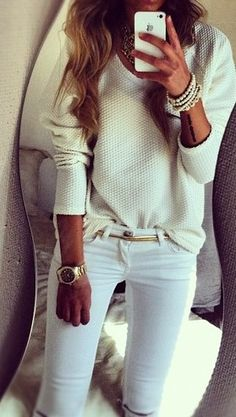 All white casual look fashion Fashion Mode, Look Fashion, Womens Fashion, Fashion Trends, Street Fashion, Fashion Ideas, White Fashion, Net Fashion, Fashion Studio
