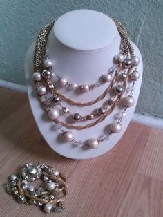 Vintage 1960s Necklace Multi Strand Pearls Gold Mesh 2 Pc 201546 - pinned by pin4etsy.com