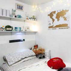 Small White Minimalist Modern Simple Tiny Bedroom Ideas Makeover