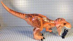 Leaked LEGO Pics May Have Revealed Jurassic World's Terrifying New Dinosaur Lego Jurassic World Dinosaurs, Jurassic World Cake, Lego Jurassic Park, Jurassic Park Series, Dino Toys, Lego Animals, Lego Pictures, Lego Architecture, Prehistoric Creatures