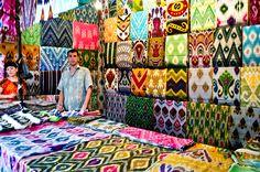 Uzbek Ikat, handwoven silk textiles from Margilan Textiles, Textile Patterns, Textile Art, Print Patterns, Ikat Pattern, Pattern Design, Ethno Design, Graphic Wallpaper, Ikat Fabric
