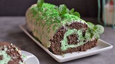 Chocolate Mint Roll Cake...   Make this beautiful roll cake for St. Patrick's Day or whenever your mint-chocolate craving strikes!