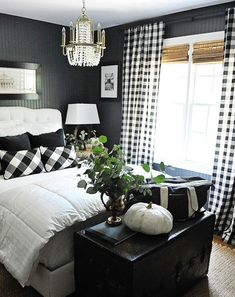 NEVER EVEr A BLACK WALL IN A BEDROOM! Yah kidding me?