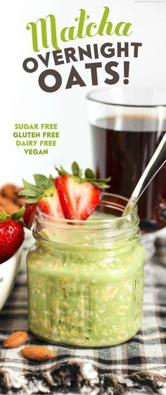 Healthy Matcha Green Tea Overnight Oats (refined sugar free, low fat, high fiber, gluten free, dairy free, vegan) - Healthy Dessert Recipes at Desserts with Benefits Find more stuff: www.victoriasbestmatchatea.com